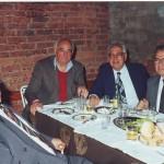 Едни од најуспешните вардарови претседатели во неговата историја: Филип Ѓурчиновски, Блажо Ристоманов и Џоџа Николоски, како и Трајко Стаматоски, долгогодишен член на раководството на Вардар и автор на монографијата по повод 40 години од постоењето на клубот, со трофејот за освоениот Куп од 1995 година !
