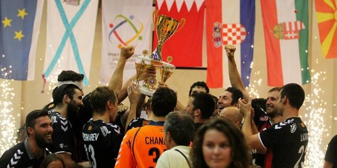 """ФОТОГАЛЕРИЈА- Од освојувањето на трофејот на Вардар во """"Кањижа куп""""  во дуелот со Пик Сегед"""