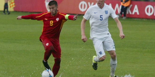Вардарецот и капитенот на Македонија У-19 П.Петковски одигра 80 минути против Англија