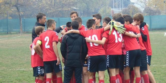 Астарџиев и Манасиевски дел од Македонската фудбалска репрезентација до 15 години