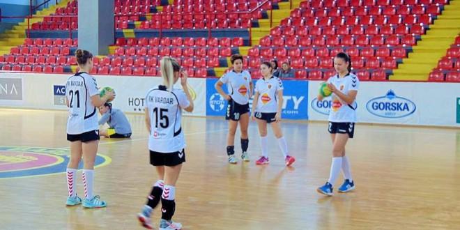 """Нема """"пречка"""" за кадетките на Вардар СЦЈС кои стигнаа до својата седма последователна победа во лигата"""