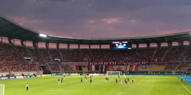 Трибината на стадионот се отвора во 13:30 часот, а се затвора во 14:20 часот, односно 10 минути пред почетокот на мечот