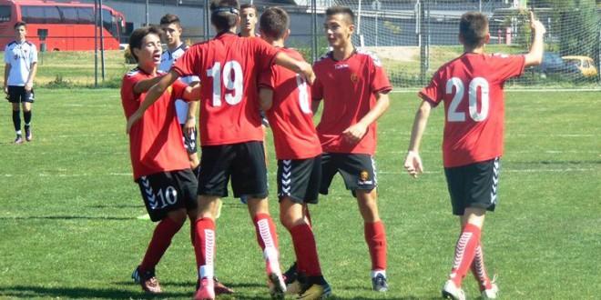 Пионерското фудбалско дерби без победник, Вардар и Шкендија одиграа со нерешен резултат