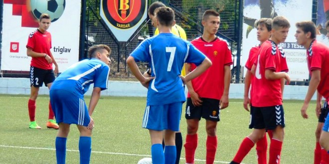 Пионерските екипи на ФК Вардар и Шкупи одиграа без голови