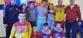 (Фотогалерија) Голем успех на младите вардарци на турнирот во Белград,  БК Вардар со најдобар борач на настанот и пет медали