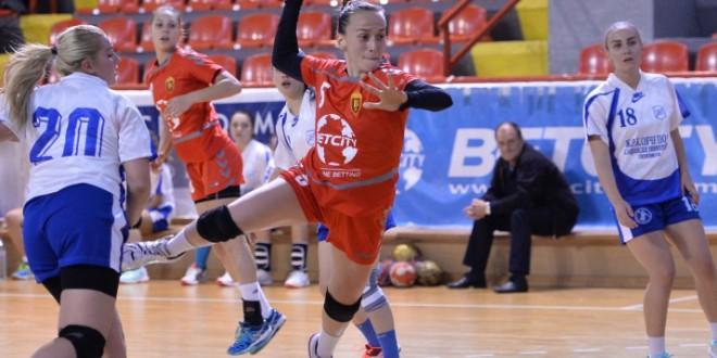 Двете сениорски женски екипи на Вардар викендов имаат мечеви во Супер лигата