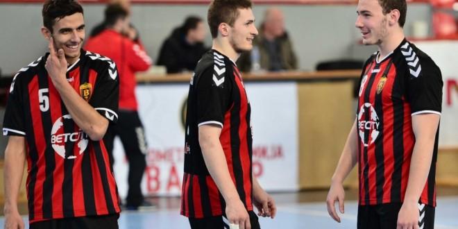 РК Пролет подобар од младиот Вардар Јуниор во Супер лигата, Трпчевски стрелаше 10 пати