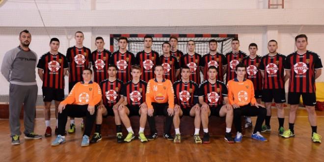 Младинците на РК Вардар се есенски шампиони, крилото Ален Ќосевски е најефикасен играч