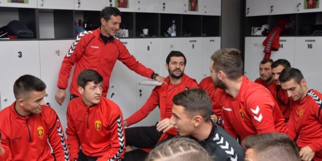 Јаневски: Мора во иднина младите таленти низ цела Македонија да доаѓаат во Вардар
