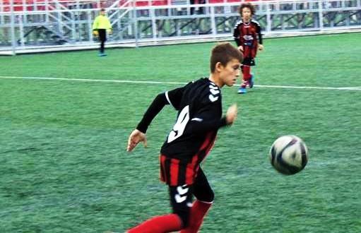 Олег Трифуновски: Фудбалот за мене претставува предизвик и секој натпревар за мене е ново искуство