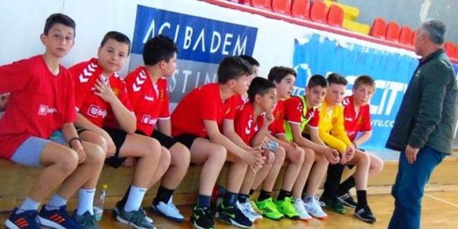 Победи во Јуниор лигата за момците на: РК Ангели Вардар, Драчево Вардар  и Урдаревски во генер. 2006/07
