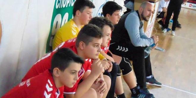 Јуниор лига: Победи за момците на РК Ангели и Кисела Вода Вардар во мечевите кај генер. 2004/2005