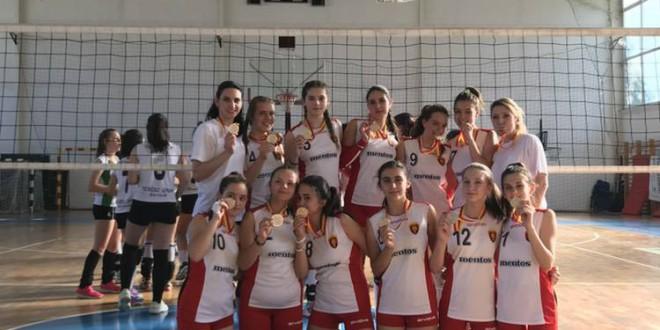 ФОТО: Пионерките на Вардар шампиони на Македонија