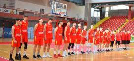 Кошарка: Македонија М18 со победа ги заврши подготовките за ЕП, Валмир Какруки повторно стрелаше