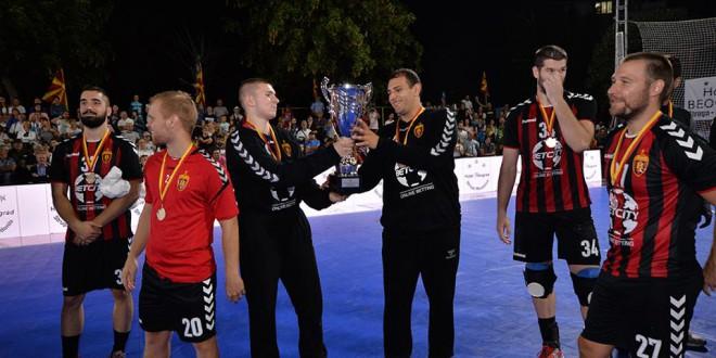 Андреј Петковски: Голема е честа да бидам дел од првиот тим на Вардар, благодарност до тренерите Парондо и Периќ за укажаната доверба