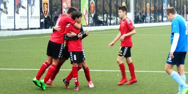 Во петок и сабота, градското фудбалско дерби помеѓу Вардар и Работнички, во рамките на 4. првенствено коло