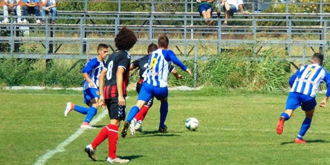 (ФОТО) Младинците на ФК Вардар со четири гола ја совладаа Ренова