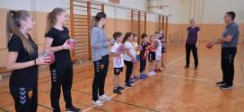 (ВИДЕО) Првотимките Грујовска,  Божиновска и Јаковчевска заедно со Кастратовиќ и Симовски во посета на малите надежи од К.Вода Вардар