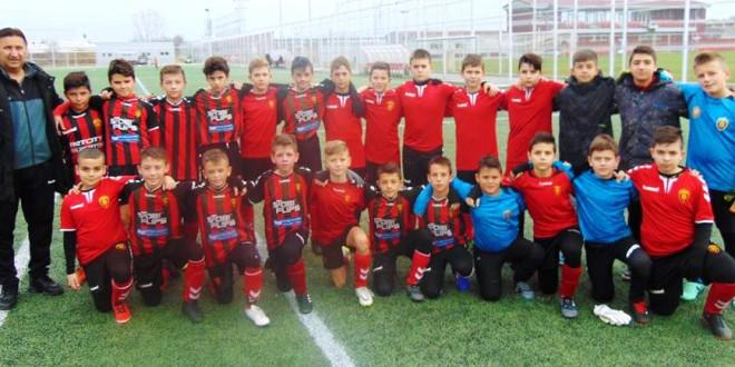"""ФК Вардар генер. """"2007"""" доминираше во есенскиот дел од сезоната во детската лига"""