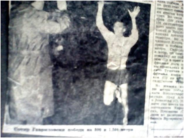Честа слика од трките на Сотир Гавриловски – со кренати раце влегува во целта