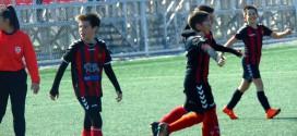 (Фотогалерија) ФК Вардар генер.2009 одигра два дуела викендов