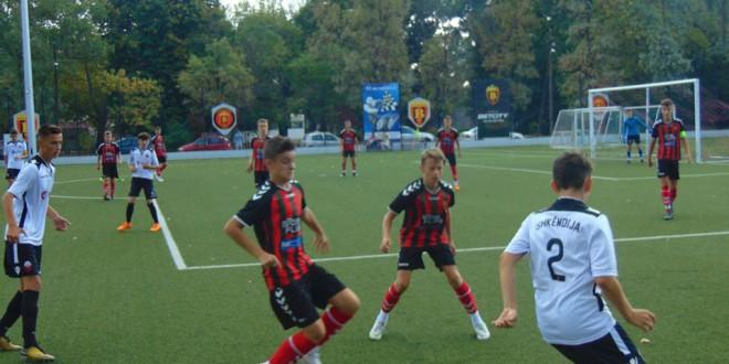 Вардаровите генер. 2004 и 2005 против Шкендија во Тетово го стартуваат пролетниот дел во регионалната-скопска лига