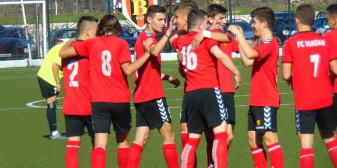 Нови бодови за пионерите на ФК Вардар кои се зацврстија на врвот на табелата