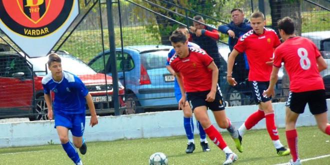 (Фотогалерија) Нов убедлив триумф за пом.пионери на ФК Вардар кои се одвоија на врвот во лигата