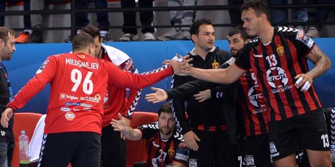 РК Вардар со победа против Пролет ја започна одбраната на шампионската титула