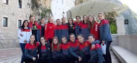 """Пионерките на ЖРК Вардар повторно """"газат"""" со победата над Крим  се на чекор  до 1/2-финале во Никшиќ"""