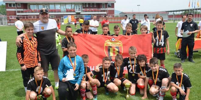 Шампиони!! Колев и ФК Вардар ген.2008 дојдоа до титула во Детската лига