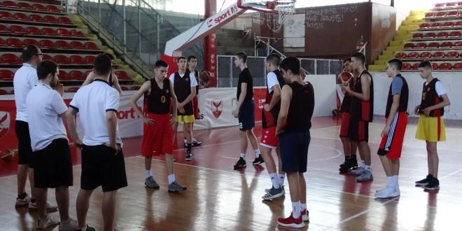 Тројца вардарови кошаркари се на списокот за селекцијата М16