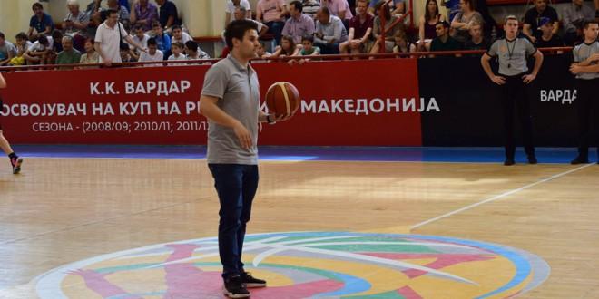 Тренерот Ашаданов предводник на две шампионски титули