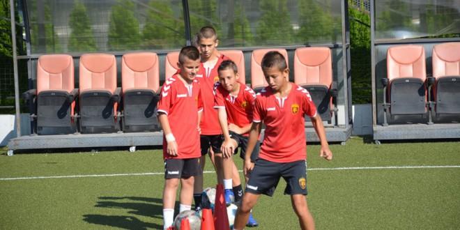 Младинската школа на ФК Вардар од денес стартува со тренинзи, познати тренерите на сите генерации