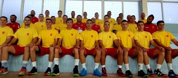 Чиле совладан на последната контрола,  за Македонија стрелаа Ќосевски и Карапалевски, Кизиќ имаше 8 одбрани