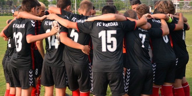 Нов триумф на контролните мечеви за кадетите на ФК Вардар, совладана екипата на Шкупи