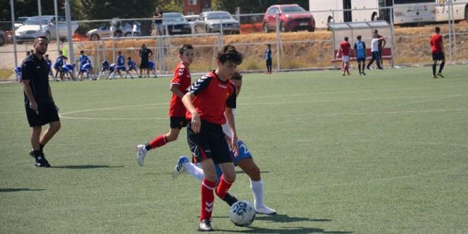 """Убедлив старт на """"Гази Баба Куп"""" за генерацијата 2007 на ФК Вардар, која високо го победи Албион"""