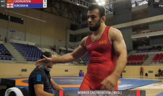 """(ВИДЕО) Потсетување како Нуров со пресврт дојде до """"бронза"""" на СП и олимписка """"виза"""""""