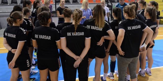 Женската младинска лига со само пет тима, Вардар во 1.коло гостува во Чаир