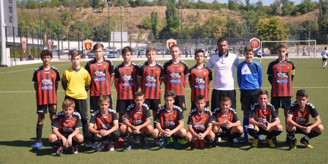"""Спасески со генерација 2006 ја """"прегази"""" Шкендија, дебитантска победа за нашите млади надежи во регионалната-скопска лига"""