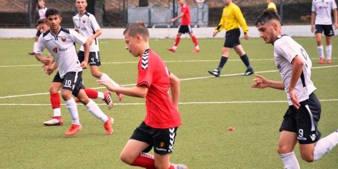Вардар и Шкендија одиграа без победник, во дербито на колото во помладата пионерска супер лига
