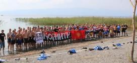 "ФОТО: ""Комити"" и ""Ултрас Гелзенкирхен"" прославуваат 15 години братство!!"