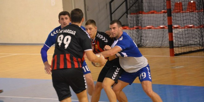 Охрид ја доби пресметката со Вардар Јуниор во Супер лигата, момците на Петрушевски дадоа силен отпор, но не доволен да се изненади поискусниот противник