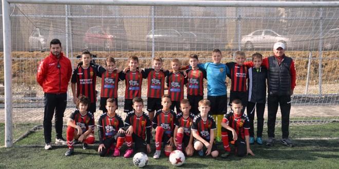 ФК Вардар ген.2008 со две победи и постигнати 18 гола ја заврши есенската полусезона
