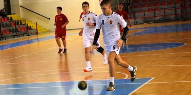 Со фуриозна игра во вториот дел, пионерите на Вардар со 20 гола позитива го совладаа Ѓорче Петров