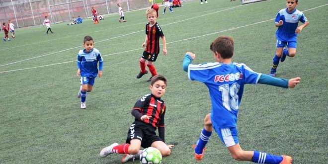 (Фотогалерија) ФК Вардар (1) генер.2011 минимално поразен од Кул
