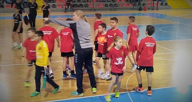 Јуниор лига: Со победи на РК Урдаревски и РК Будимир отворен 2.ден од првото коло