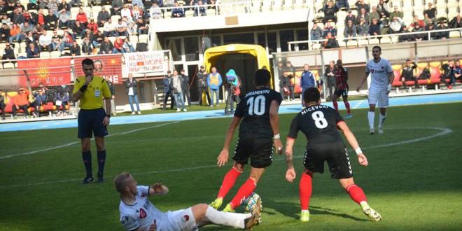 Вардар поразен од Ренова со 2-0