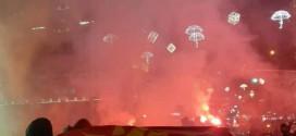 """(ФОТО) Комити го """"запалија"""" Скопје"""