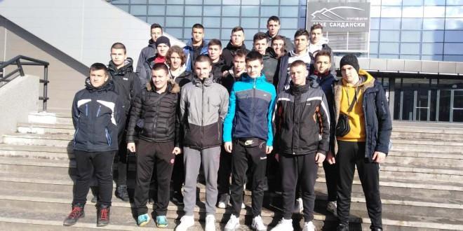 Пионерите на РК Вардар заминаа за Белград, познати играчите кои ќе ги бранат црвено-црните бои